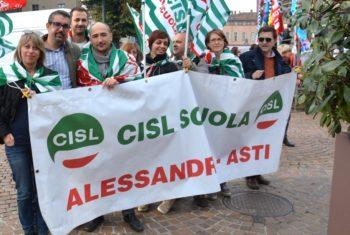 Oggi ad Alessandria il sit-in dei diplomati magistrali esclusi dalle graduatorie ad esaurimento (Gae)