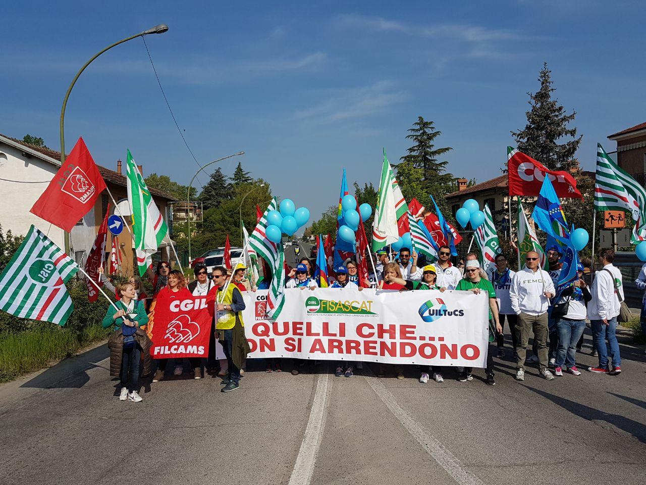 innovative design f22ca 4bb7a Outlet: ad un anno dalla mobilitazione a Serravalle (AL ...