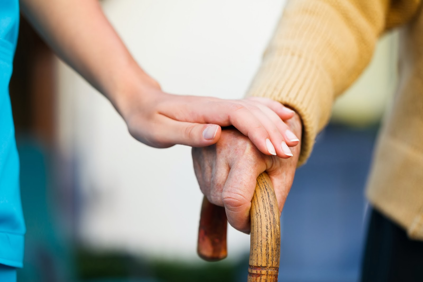 assistenza anziani asti