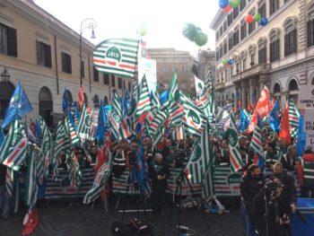 roma protesta cgil cisl uil