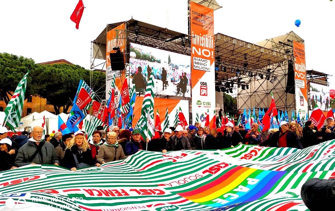 protesta pensionati a Roma