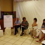 Insieme per il bene comune - La segretaria generale nazionale Cisl Scuola Maddalena Gissi con un gruppo di lavoro