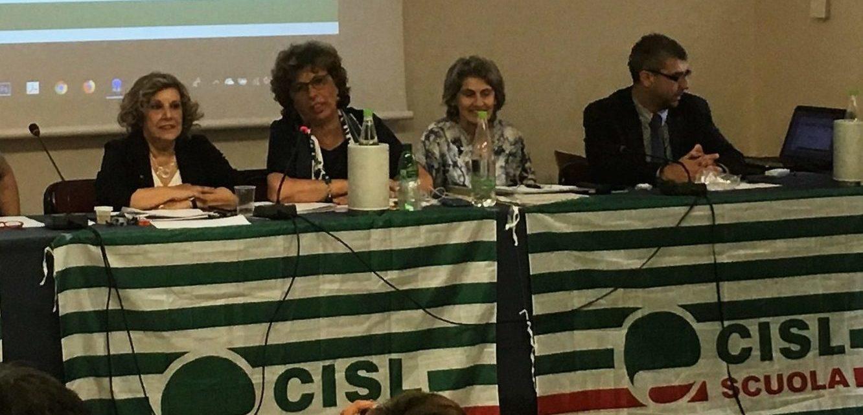 Elezione di Attilio Varengo (primo a dx) durante il consiglio generale della Cisl Scuola Nazionale
