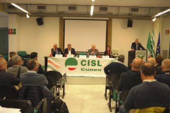 Europa: l'assemblea provinciale della Cisl dedicata ai suoi problemi in vista delle elezioni del 26 maggio. Presente il segretario confederale aggiunto, Luigi Sbarra