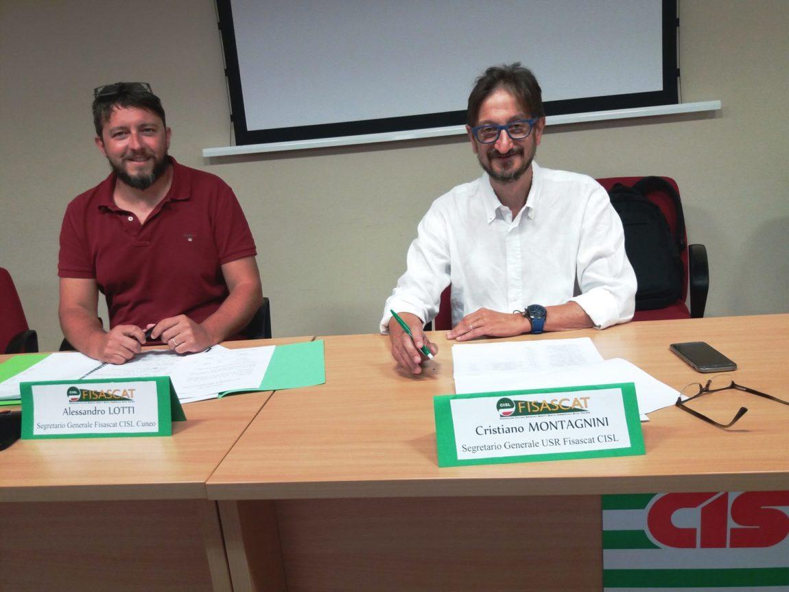 I segretari generali della Fisascat Cisl Cuneo, Alessandro Lotti e della Fisascat Cisl Piemonte Cristiano Montagnini