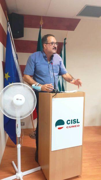 L'intervento del segretario generale della Cisl Cuneo, Enrico Solavagione,al consiglio generale della Filca Cisl Cuneo