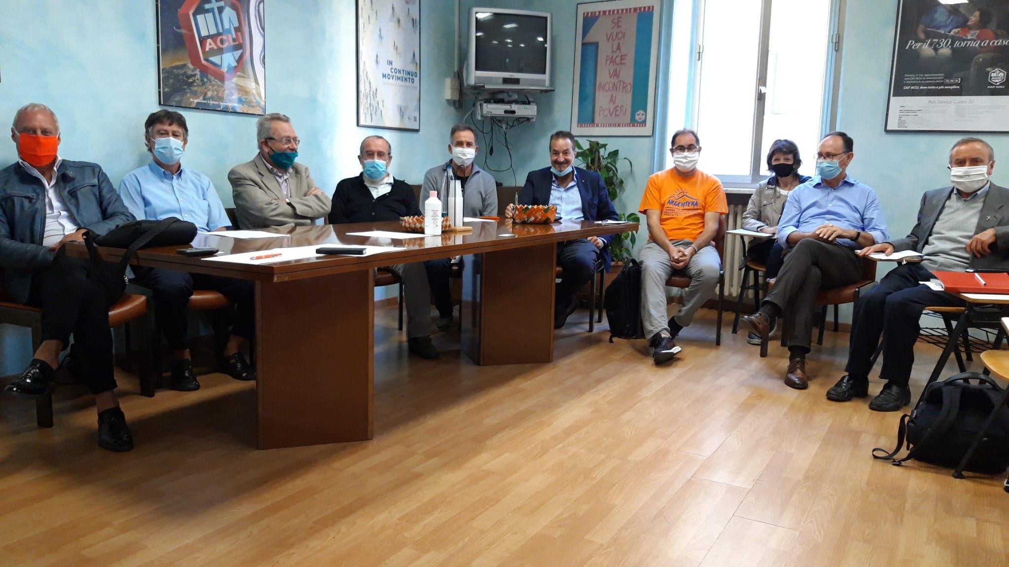 L'incontro tra il segretario generale Cisl di Cuneo, Enrico Solavagione e il segretario organizzativo, Francesco Gazzola con i vertici dell'associazionismo cattolico cuneese