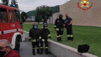 Continua la strage sui posti di lavoro. Oggi due operai sono morti in una cantina a Cossano Belbo