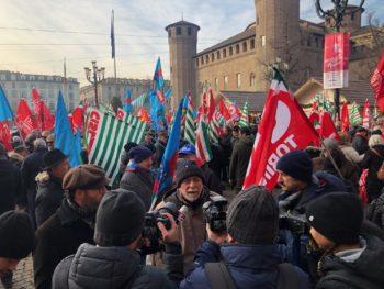 Manovra Governo: il servizio del Tg3 Piemonte su presidio dei pensionati di Spi Cgil-Fnp Cisl-Uilp Uil a Torino