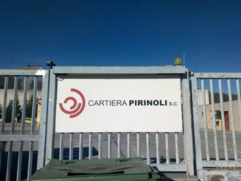 """Cartiera Pirinoli, l'azienda salvata dal fallimento ed acquisita dai lavoratori, vince il premio """"Ambientalista dell'anno"""" di Legambiente."""