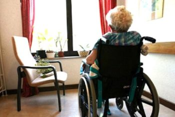 """Risposta alla nostra iniziativa """"Mandiamo una cartolina agli anziani nelle residenze"""""""