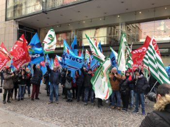 La protesta dei lavoratori della grande distribuzione