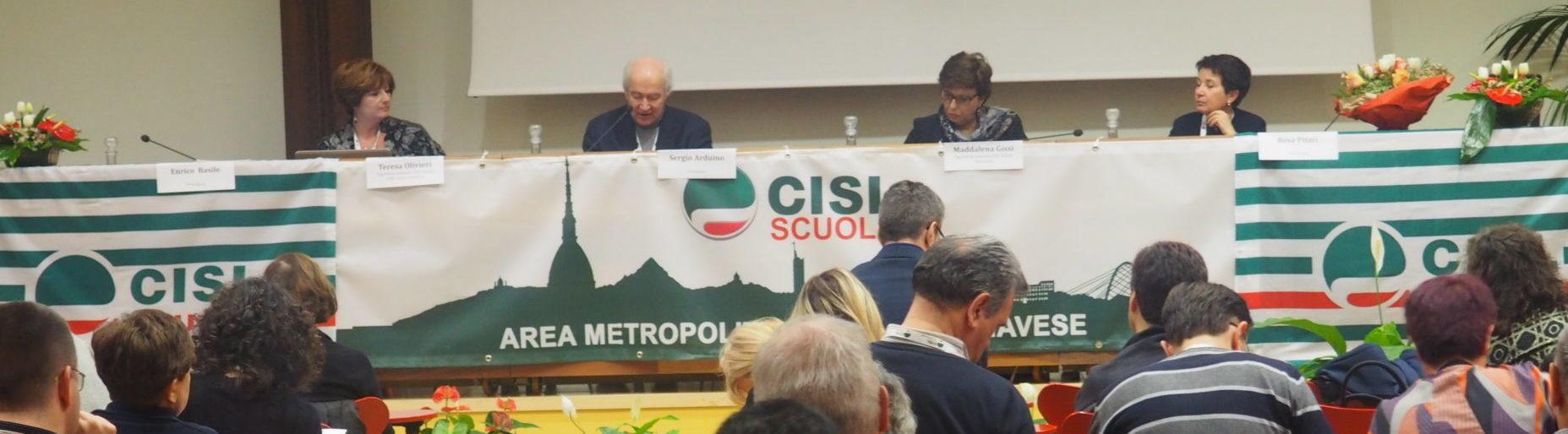 Il tavolo presidenza Cisl Scuola vista sala