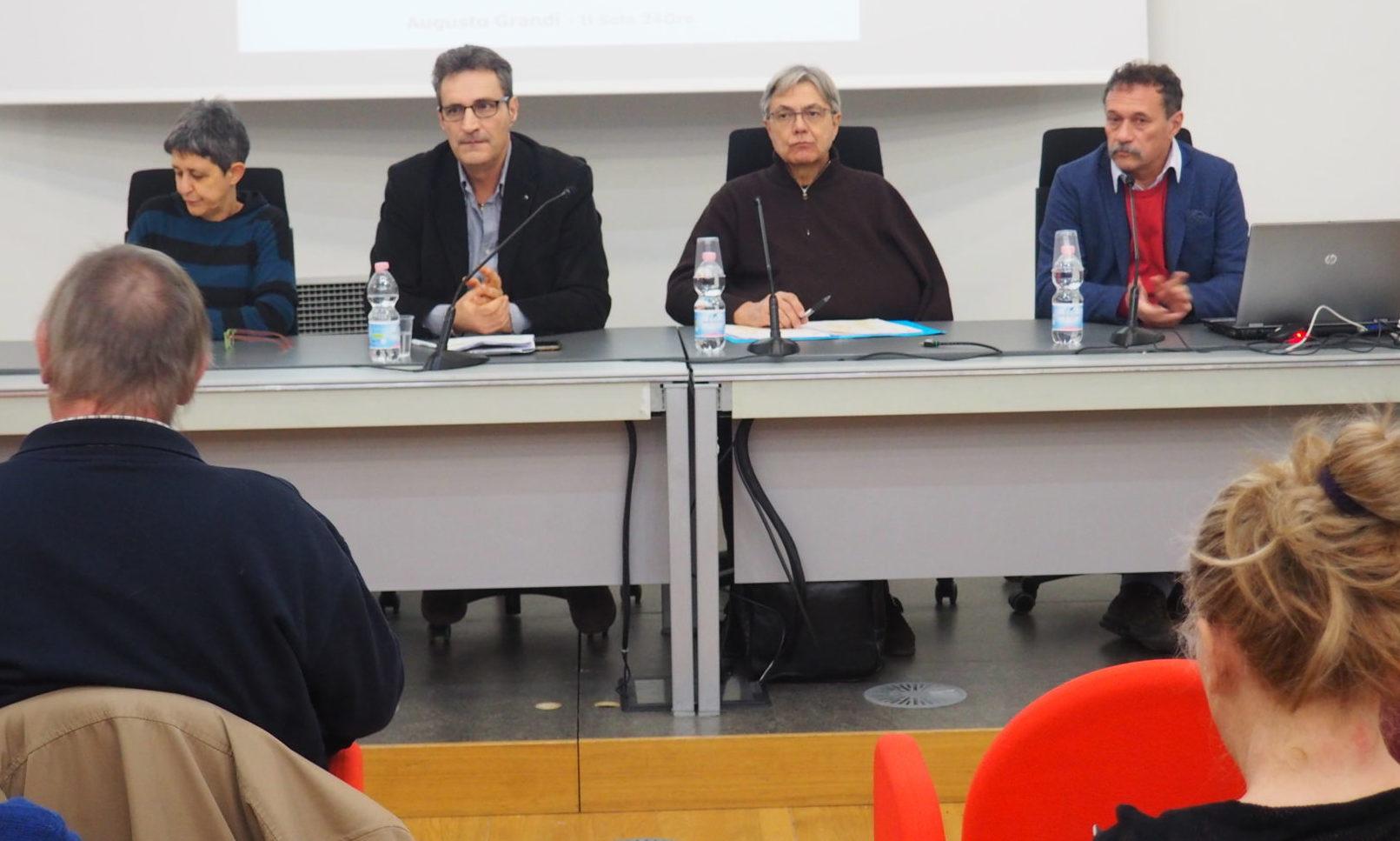 I segretari Cgil Cisl UIl, Valfrè, Lo Bianco, Casucci con il giornalista Augusto Grandi del Sole24 Ore primo piano