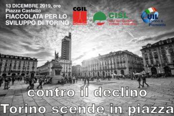 """La fiaccolata di Cgil Cisl Uil  """"contro il declino, per lo sviluppo di Torino"""""""