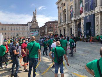 Metalmeccanici in piazza a Torino per il rilancio dell'automotive e della città