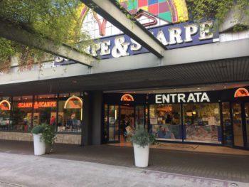 """Scarpe&Scarpe """"fa le scarpe"""" ai suoi collaboratori: presidio il 22 dicembre a Borgaro Torinese"""