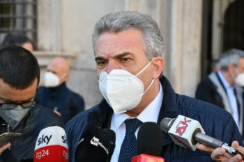 """Intervista di Luigi Sbarra a """"La Voce e il Tempo"""" di Torino"""