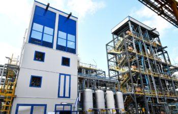 Caso Solvay, se non passa l'aumento di produzione di C6O4 l'azienda potrebbe andare in Francia