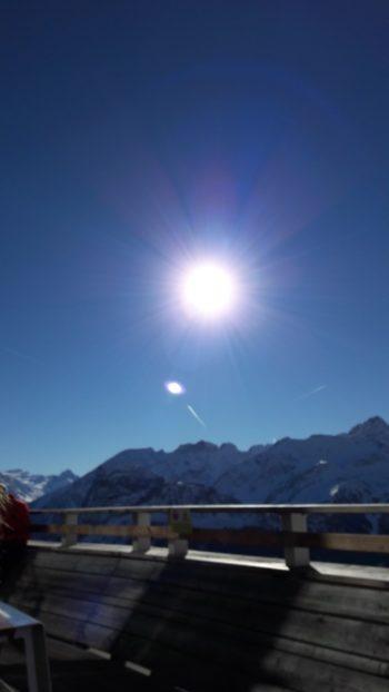 Monte Bianco sole cielo azzurro