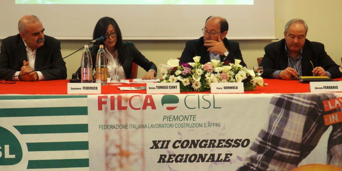 Il tavolo di presidenza al congresso Filca primo piano
