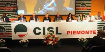 Il segretario Ferraris apre al Lingotto di Torino il XII congresso Cisl Piemonte. Domani c'è Furlan