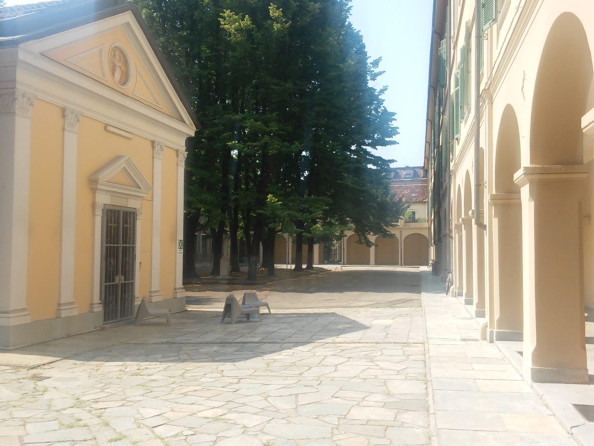 housing Giulia Torino giardino