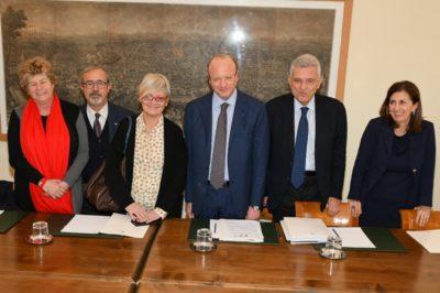 Firmato in via definitiva l'accordo sul nuovo modello contrattuale e di relazioni sindacali tra Confindustria – Cgil Cisl Uil