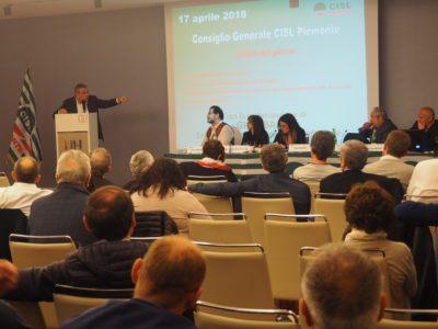 Governo e lavoro al centro del Consiglio generale Usr Piemonte con il numero due Cisl Luigi Sbarra