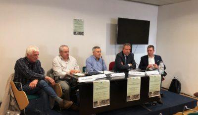 """Salone Internazionale del Libro di Torino: dibattito con Ferraris sul libro """"Fuori classe"""" di Daniele Marini"""