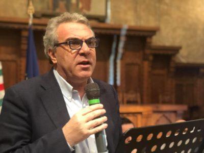 """Lavoro, il numero due della Cisl Sbarra al convegno di Novara: """"Per uscire da risacca serve svolta su sviluppo"""""""