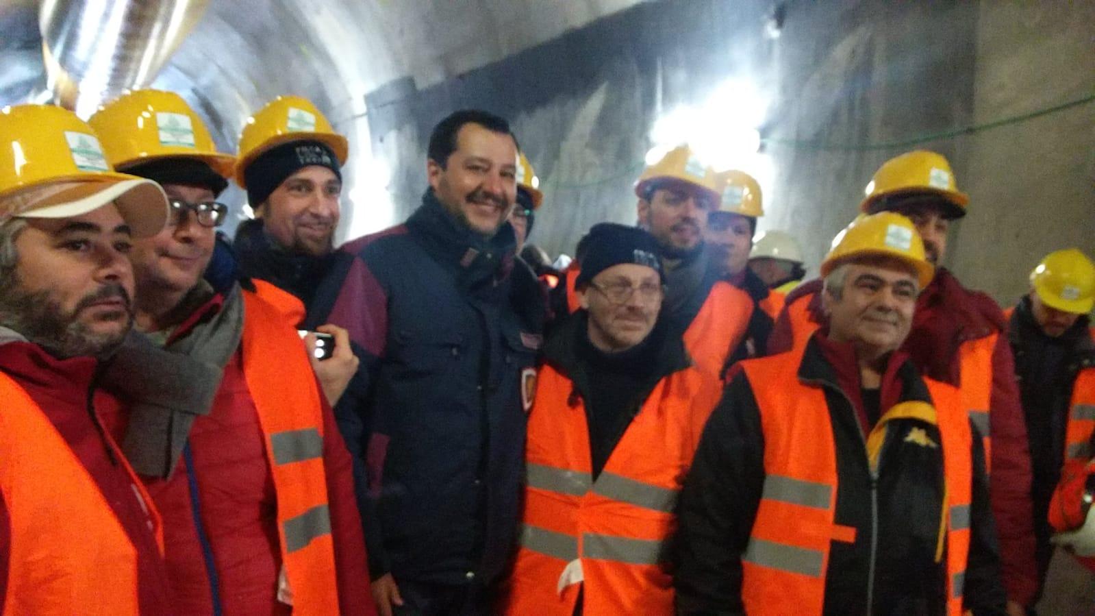 Salvini con operai a Chiomonte