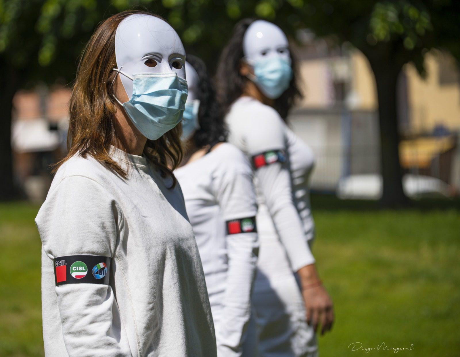 Invisibili: i lavoratori delle Rsa piemontesi