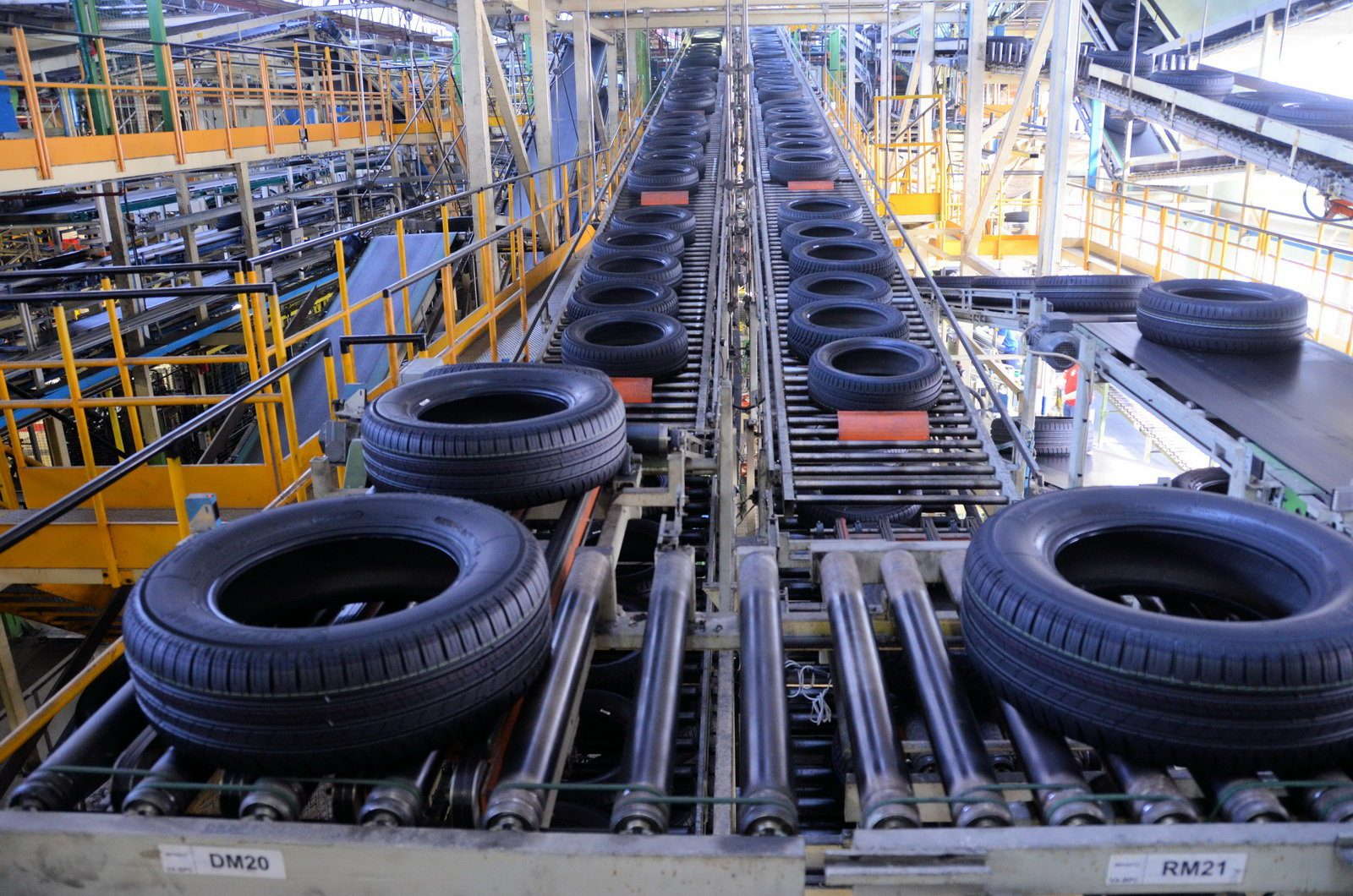 michelin_gomme_stabilimento_cuneo_2