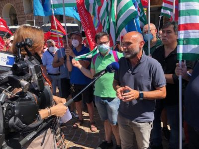 Smart working, stato di agitazione in Iren dopo la decisione aziendale di anticipare il rientro di migliaia di lavoratori