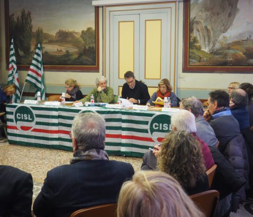 Tavola rotonda Cisl Torino-Canavese su povertà vista