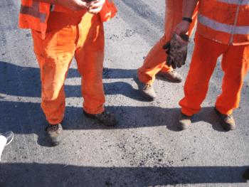Due cantonieri perdono la vita in un terribile incidente sul lavoro tra Torino e Vercelli. Il cordoglio di Cgil Cisl Uil