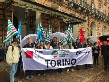 Lunedì 11 a Torino presidio federazioni provinciali Scuola di Cgil Cisl Uil a sostegno manifestazione nazionale